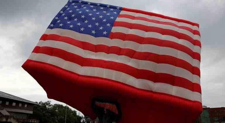 Economía de EE.UU. crece a ritmo superior al previsto