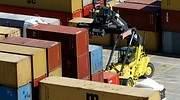 Maniobras de contenedores en el Puerto de Valencia GUILLERMO LUCAS