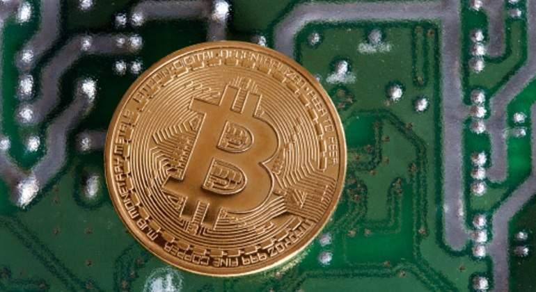 bitcoin-placa.jpg