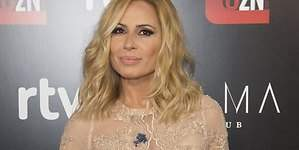 Marta Sánchez, con el culo al aire en transparencias
