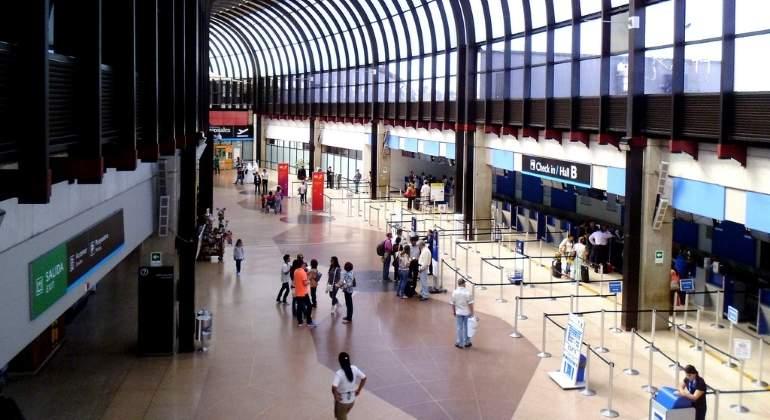 ASUR adquiere interés mayoritario de operadoras aeroportuarias colombianas