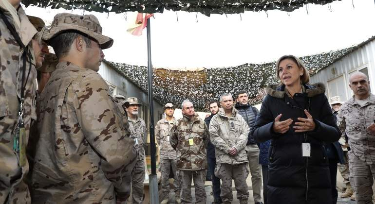 cospedal-militares-irak-efe.jpg