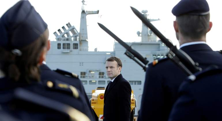 La mili vuelve a Francia: Macron la hace obligatoria