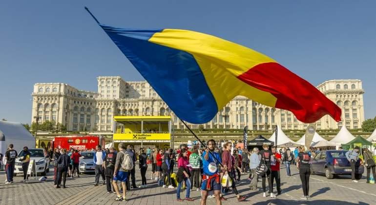 bandera-rumania-plaza.jpg