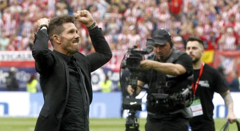 simeone-punos-atletico-athletic-despedida-calderon-efe.jpg