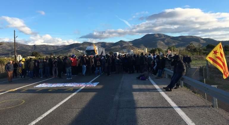 cortes-carretera-cataluna-27marzo18-efe.jpg