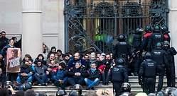 Hasta 12 detenidos en la concentración frente al TSJC