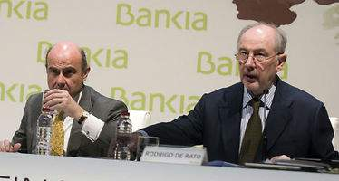 Rato asegura que De Guindos le ofreció un puesto en una cotizada para que dejase Bankia