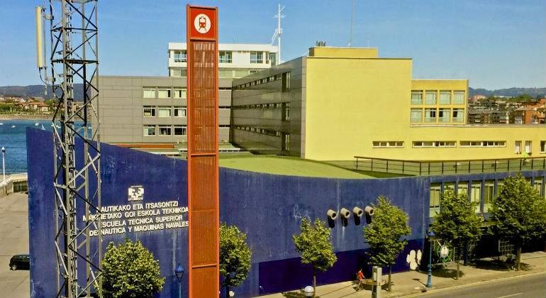 EscuelaNautica211111111.jpg