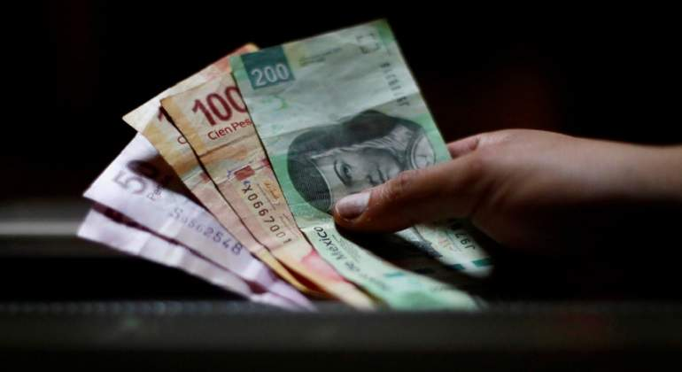 Pesos-reuters.jpg