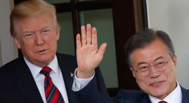 Trump-y-Moon-Jae-In-reuters-770.jpg