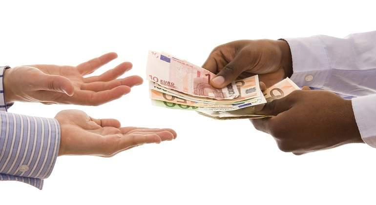 El administrador responde con su patrimonio de las deudas salariales