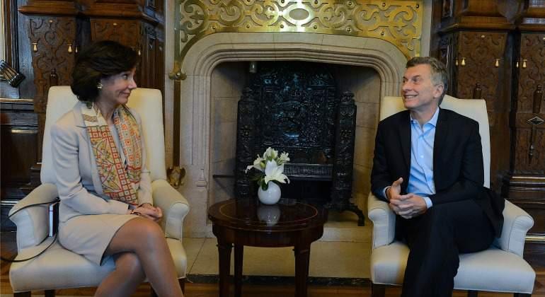 Ana bot n confirma ante macri el plan de inversiones de for Sucursales banco santander barcelona