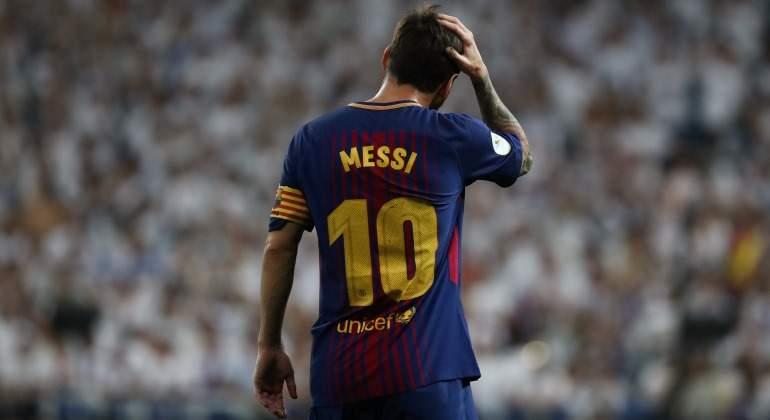 Messi-toca-pelo-Bernabeu-2017-reuters.jpg