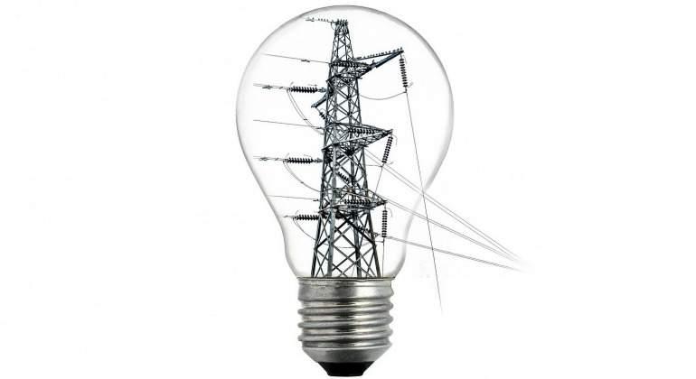 bombilla-electricidad-torre-alta-tension-770-pixabay.jpg