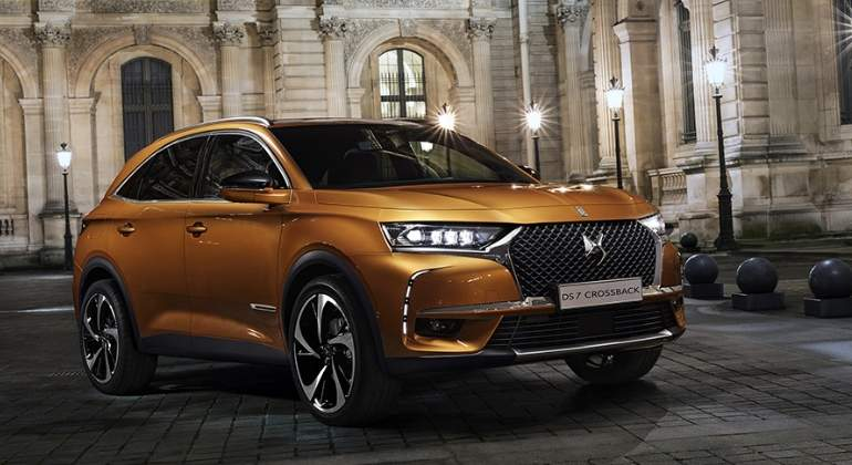 ds7-crossback-2017-01.jpg