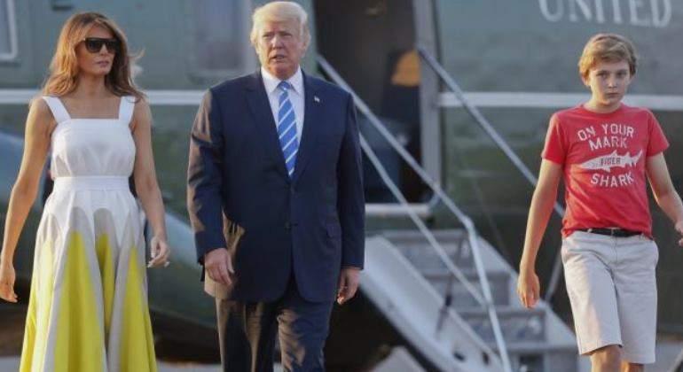 La prensa de EU se burla de como viste Barron Trump