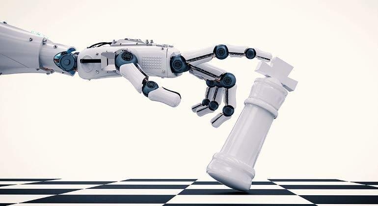 digital-estrategia-ajedrez-robot-770.jpg