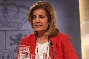 Báñez prevé implantar en toda España el Plan Primera Oportunidad de inserción laboral de universitarios