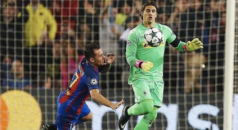 Paco Alcácer sigue gafado: volvió a quedarse sin marcar pese a que Luis Enrique le dio los 90 minutos
