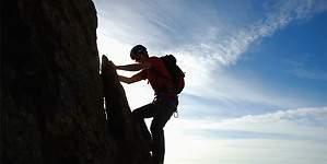 Alcanzando nuevas cimas: Montblanc lleva el espíritu del montañismo de exploración al SIHH