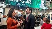 La consejera de Turismo de Canarias Yaiza Castilla y el presidente de Ashotel Jorge Marichal