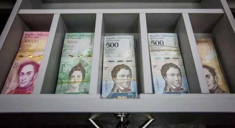 billetes-bolivares-venezuela-nuevos-efe.jpg