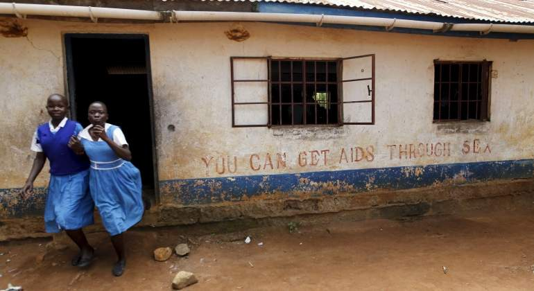 kenia-ninas-colegio-reuters.jpg