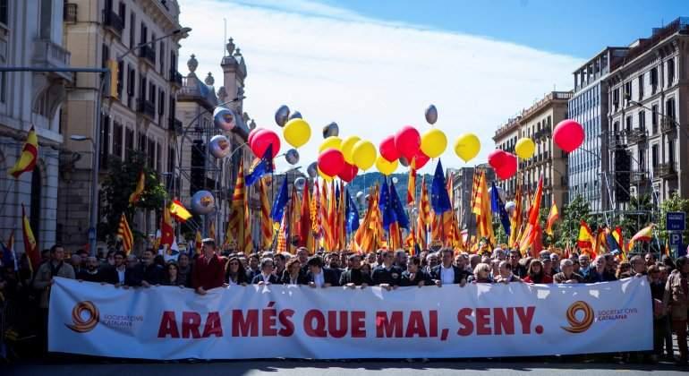 manifestacion-constitucionalista-barcelona-marzo-2018-efe.jpg