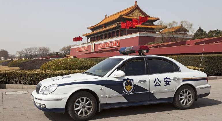 policia-china-dreamstime.jpg