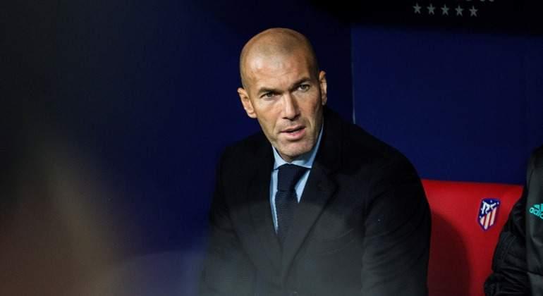 Zidane-banquillo-wanda-2017-efe.jpg