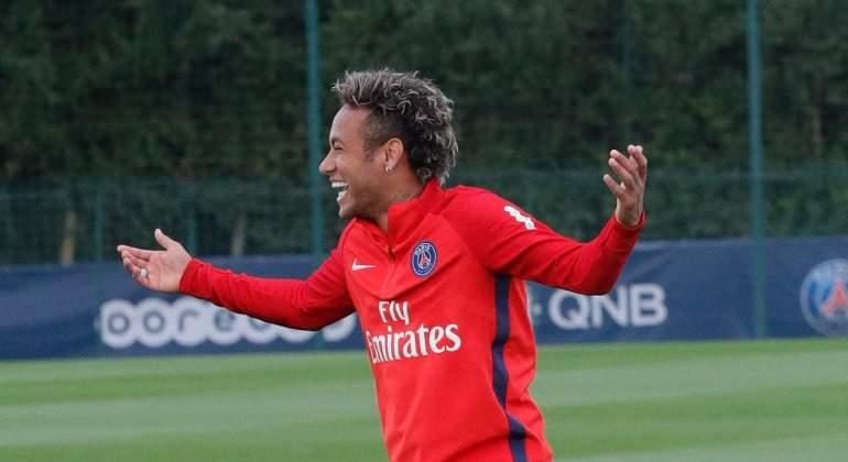 Neymar-risas-PSG-entreno.jpg