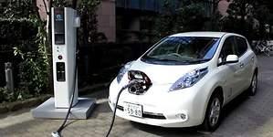 Europa apuesta por el eléctrico: una red de supercargadores recorrerá el continente