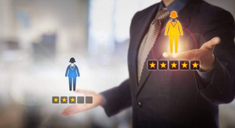 empleo-gestion-valoracion-estrellas-770-dreamstime.jpg
