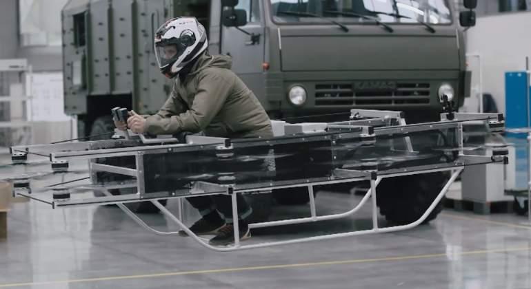 moto-voladora-Kalashnikov.jpg
