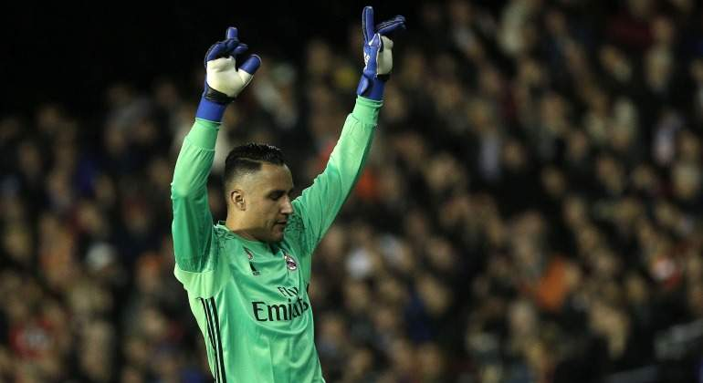 Keylor Navas se rapa tras título del Madrid