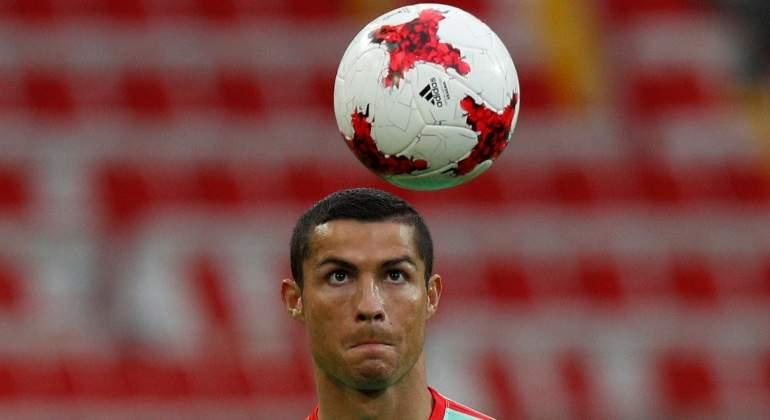 cristiano-balon-entrenamiento-portugal-reuters.jpg