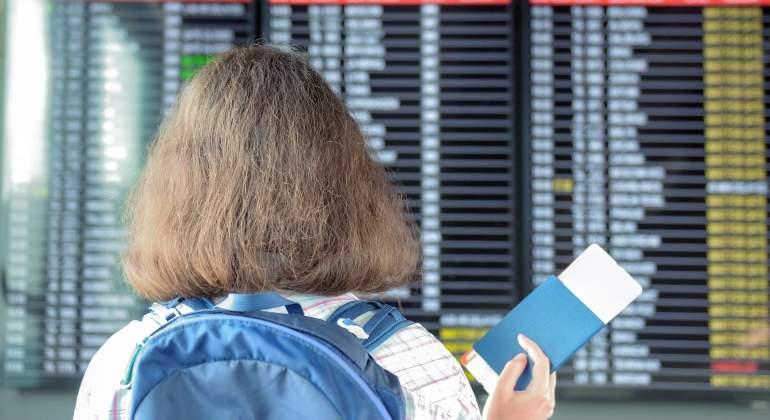 turista-pasaporte-aeropuerto-dreamstime.jpg