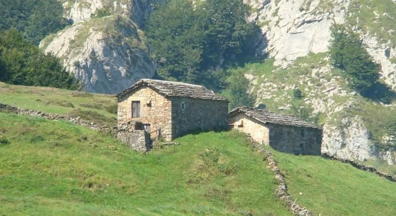 cabanas-cantabria-wikipedia.jpg