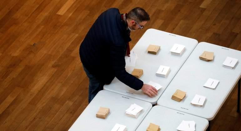 francia-elecciones-papeletas.jpg
