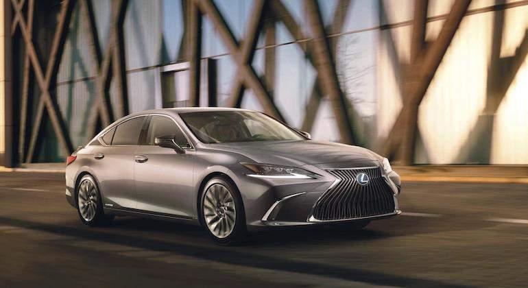 Lexus_ES.jpg