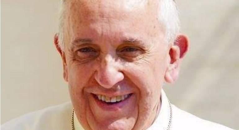 Papa-pontifice-770-facebook.jpg