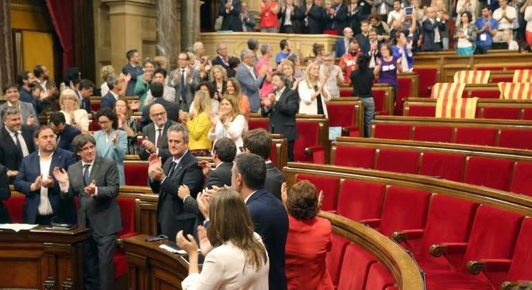 parlament-aprueba-referendum-efe.jpg