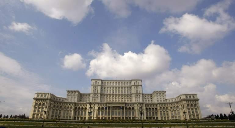 El Parlamento de Rumanía, uno de los más ineficientes de la Unión Europea desde la caída del comunismo