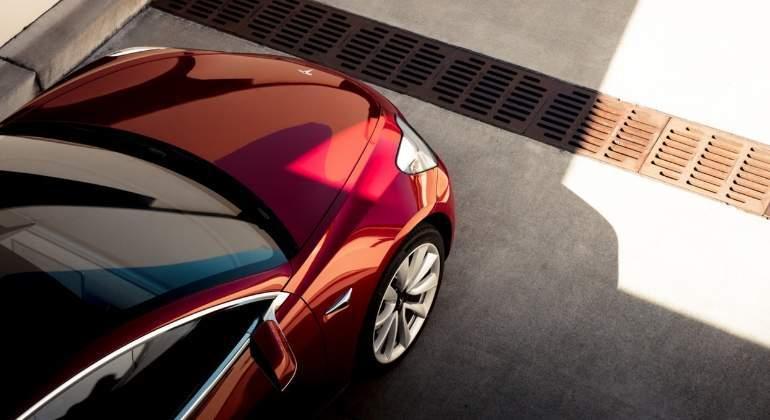 Tesla recurre al mercado de bonos para financiar el Model 3