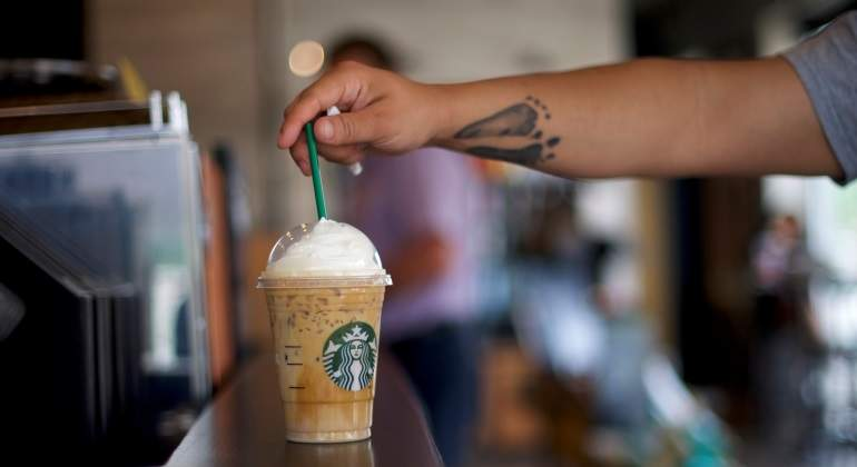 Starbucks2-Reuters.jpg