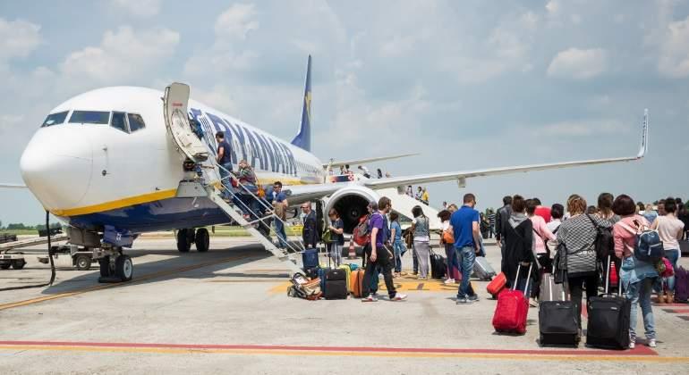 ryanair-avion-pasajeros-prat-barcelona.jpg