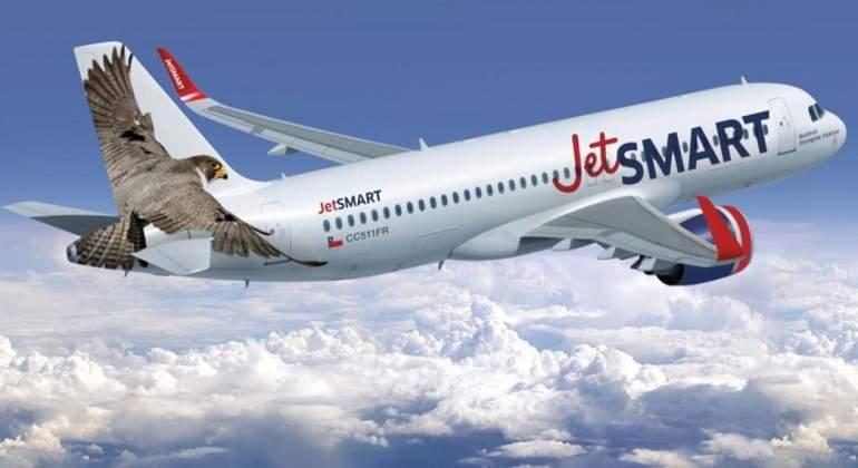 Línea aérea promete pasajes desde mil pesos para volar dentro de Chile