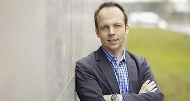 Markus Pertlwieser: El reto para los bancos es crear modelos de negocio que van más allá de la banca