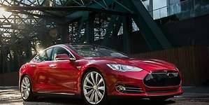 126 clientes demandan a Tesla por el Model S